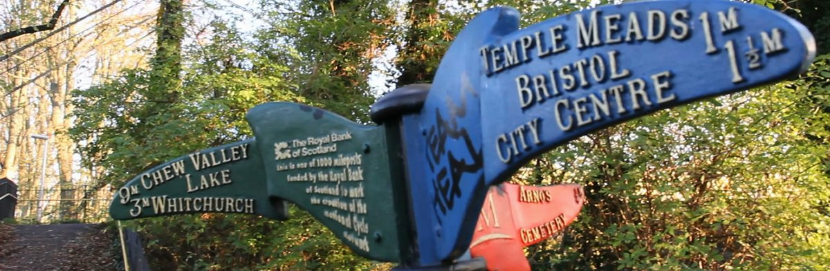 Signpost in Sparke Evans Park